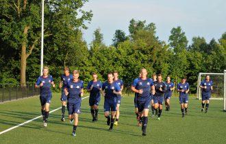 Buitenpost in training voor duel tegen Heerenveen